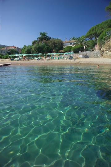 Hotel direttamente sul mare a Naregno